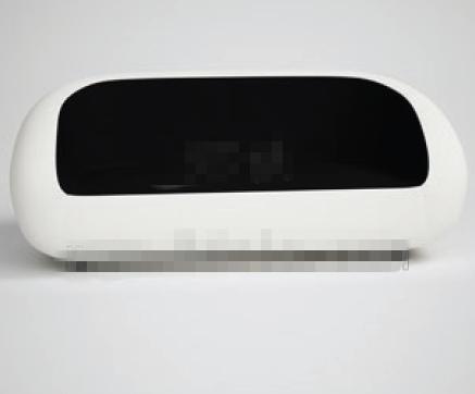 Simple black and white three seats sofa