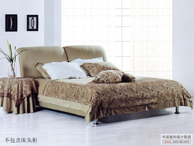 Modern double bed 3D model