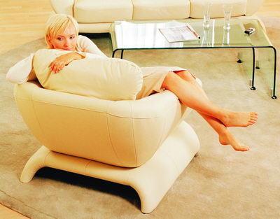 lie fallow armchair