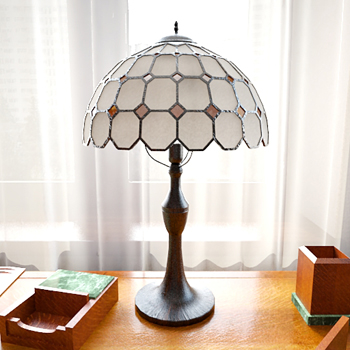 simple art of Tiffany style table lamp 3D Model