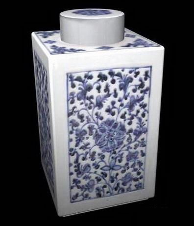 Ceramics tea caddy