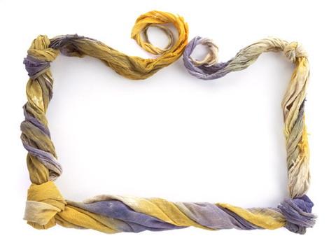 Metallic frame