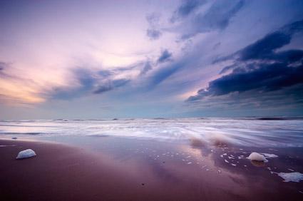 海で夕暮れの写真素材-3