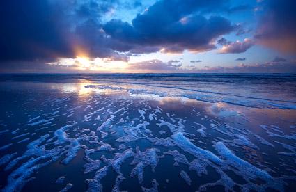 海で夕暮れの写真素材-5