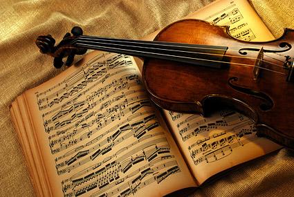Material de violín y música