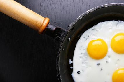 Pan frito material de imagen de calidad de huevo