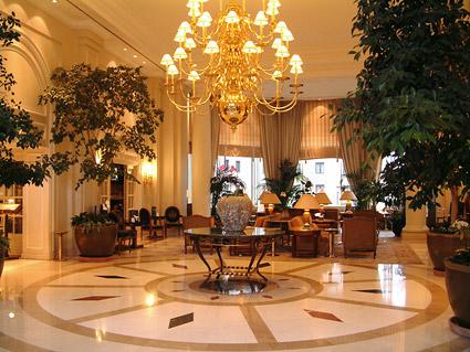 豪華なホテルのロビーの写真素材-1