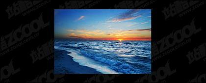 海で夕暮れの写真素材-8